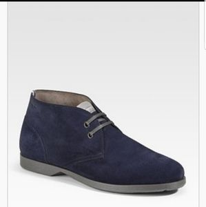 Salvatore Ferragamo World boots blue suede chukka
